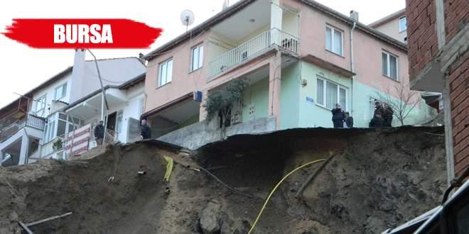 Doğalgaz borusu patladı, bina boşaltıldı