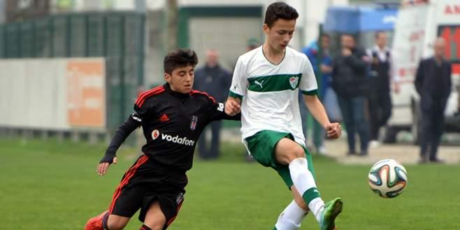 U-14 Bursaspor Kartal'a kaybetti: 1-3