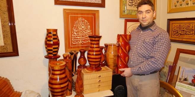 Bursalı marangoz ahşabı sanata dönüştürdü