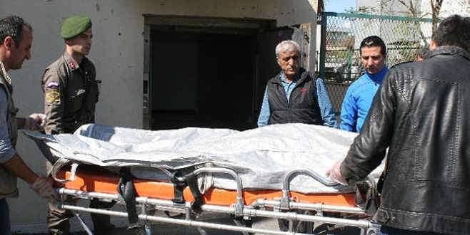 Karda ayağı kayıp düştü, kazayla babasını öldürdü
