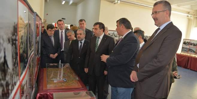 Karacabey'de Çanakkale Gezici Müzesi açıldı