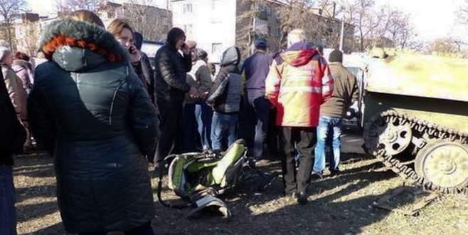 Ukrayna tankı çocuğu ezdi, kentte isyan çıktı
