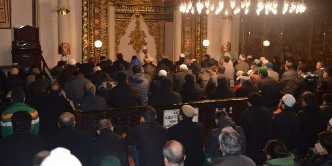Bursa'da da eller 'Çanakkale Şehitleri' için semaya açıldı