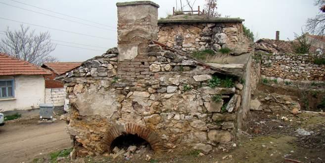 300 yıllık hamam ilgi bekliyor