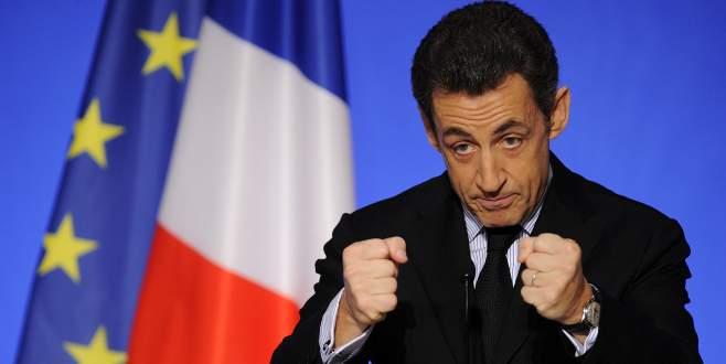 Sarkozy geri dönüyor!