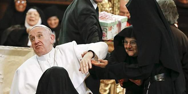 'Papa'yı yiyecekler!'