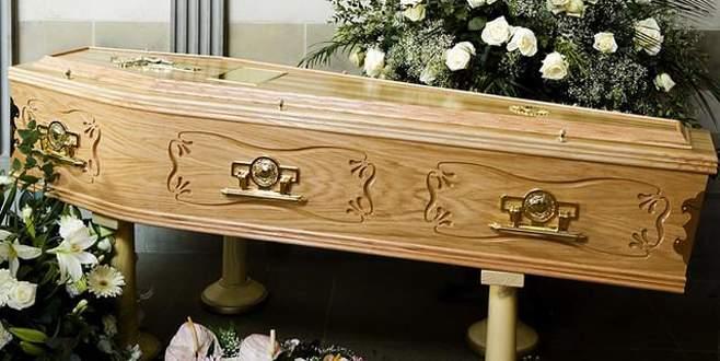 Öldü sanılan kadın, tabutta uyandı