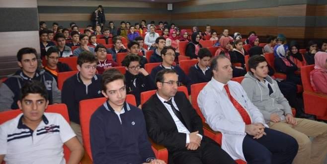 Nilüferli öğrenciler Çanakkale şehitlerini andı