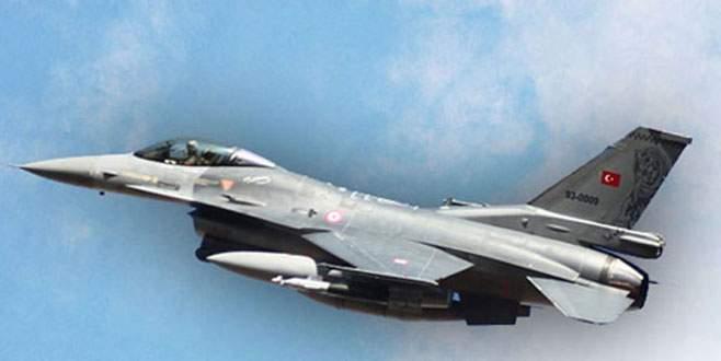 Yunan uçakları Türk jetini taciz etti