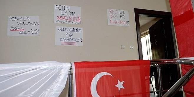 CHP'de 'işgal' eylemi sona erdi