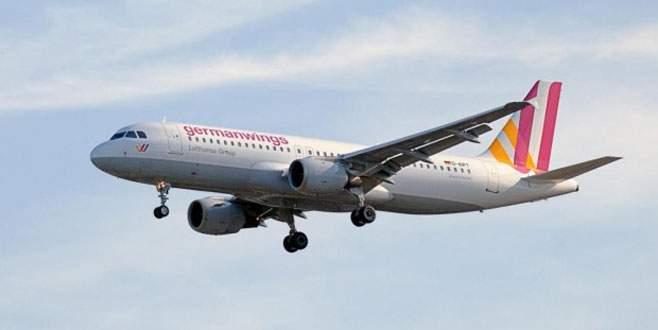 Bakan'dan düşen uçakla ilgili flaş açıklama
