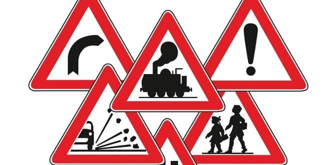 Yeni trafik levhaları geliyor