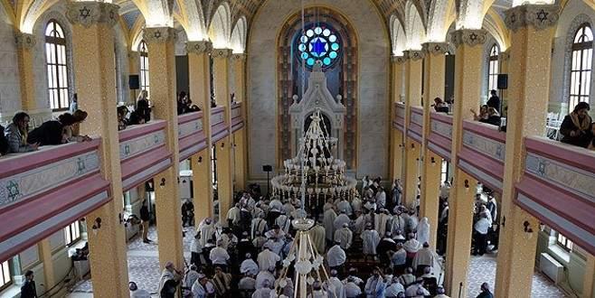 46 yıl sonra ilk ibadet