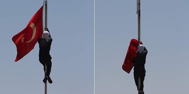 Türk bayrağını indirmenin cezası belli oldu