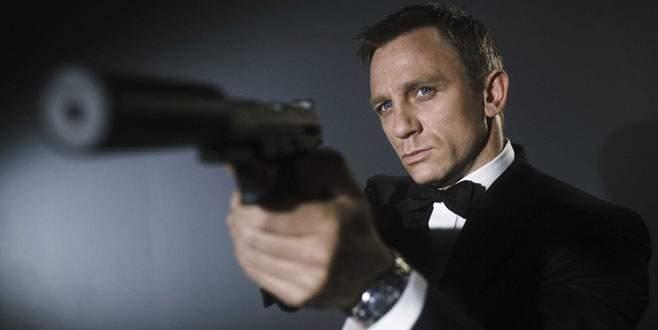James Bond geri dönüyor