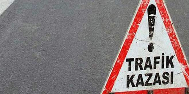 Tur otobüsü yan yattı: 1 ölü, 18 yaralı