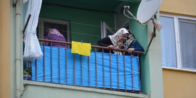 4. kattan düşen 14 aylık bebek ölümle pençeleşiyor