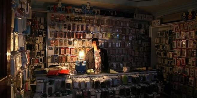 Elektrik kesintisi Bursa'da da hayatı olumsuz etkiledi