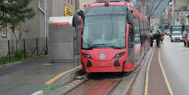 Bursa'da raylı ulaşımın yerine otobüs takviyesi