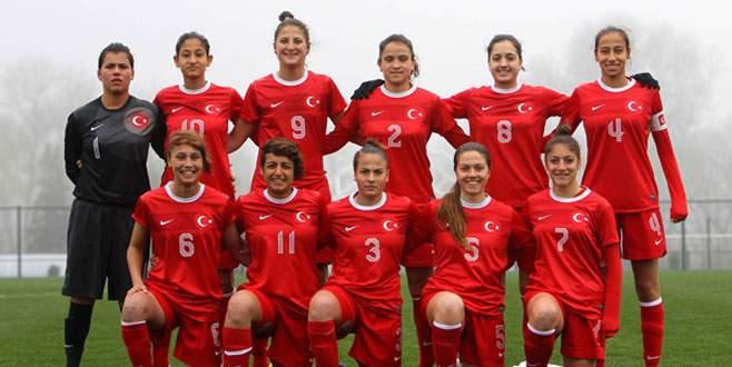 U17 Kadın Milliler Adana'da kamp yapacak