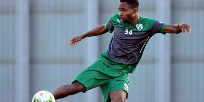 Bakambu: 'Takım olarak iyi bir sezon geçiriyoruz'