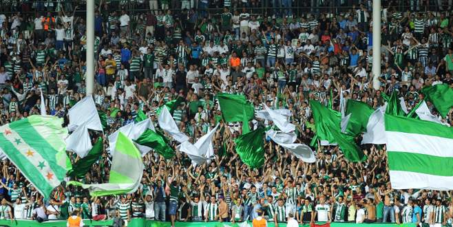 TFF ve hakemi bırak Bursaspor'a bak!