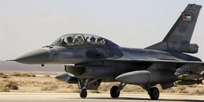 Ürdün'de askeri uçak düştü: 2 ölü