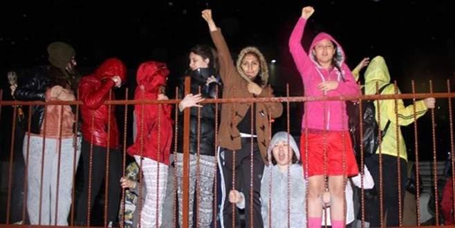 Vize haftası kızları isyan ettiren olay