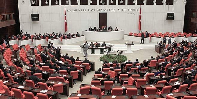 Meclisin gazeteci adayları