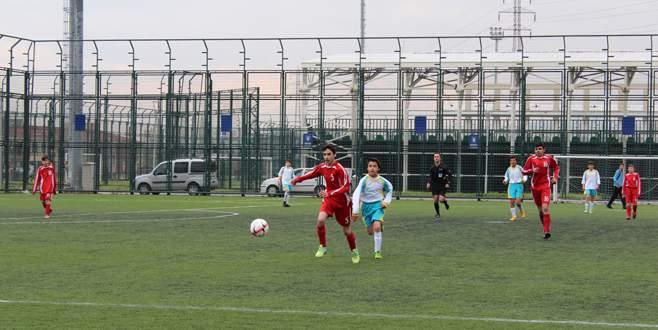 Bülent Yavuz'a 2 dakika yetti: 2-0
