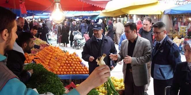 Gemlik'te zabıtadan pazar denetimi