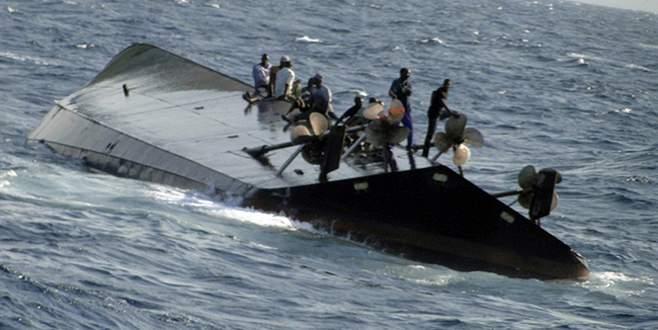 Mülteci taşıyan gemi battı: 21 ölü