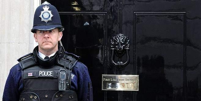 İngiliz polisi ve istihbaratına suçlama