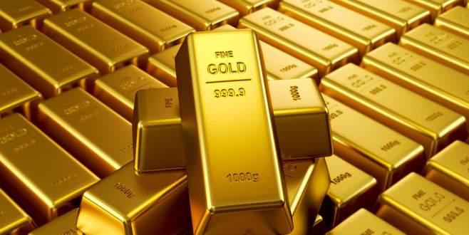 Altın 2,5 yılın zirvesinde