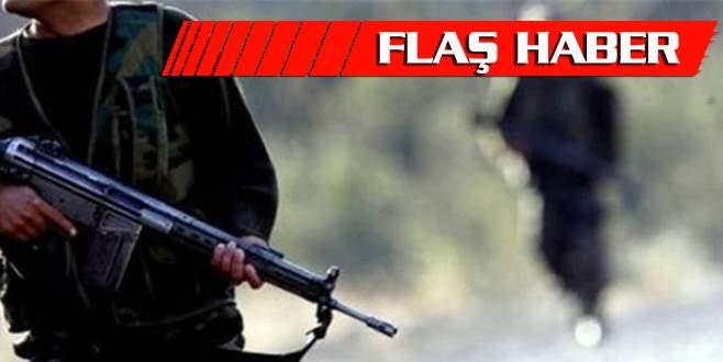 Teröristler askere ateş açtı: 4 yaralı