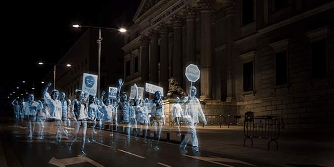 İspanya'da sanal protesto