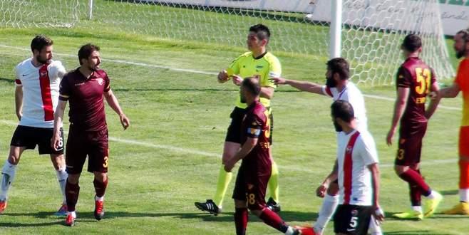 Göztepe gol attı saha bir anda karıştı