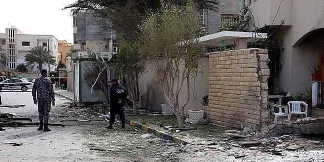 Büyükelçilik binasına saldırı