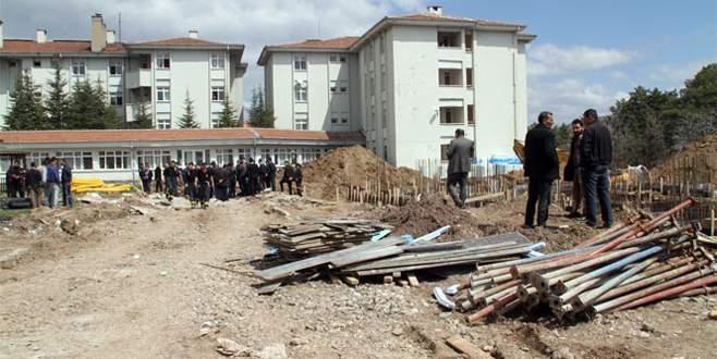 Yurt inşaatında göçük: 2 ölü