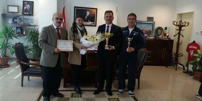 Bursa yöresi kaşık oyunları Türkiye üçüncüsü oldu