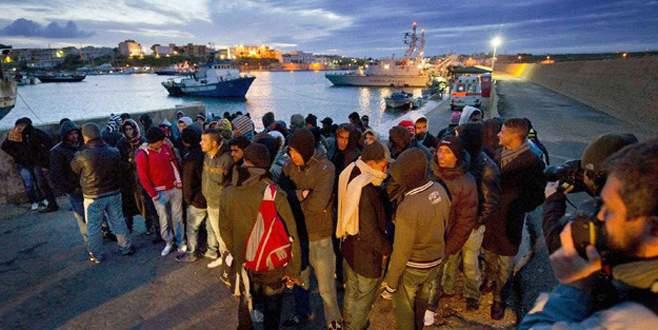 Akdeniz'de facia! 400 kişi hayatını kaybetti