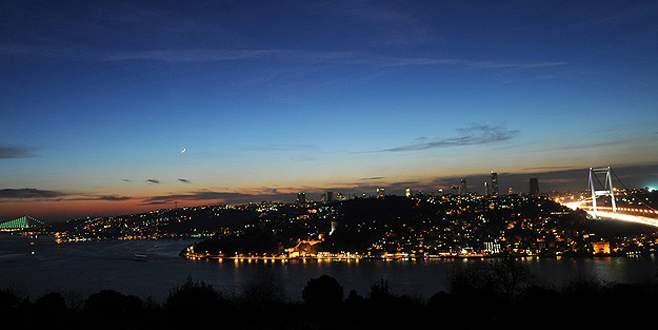 İstanbul karanlığa gömüldü!