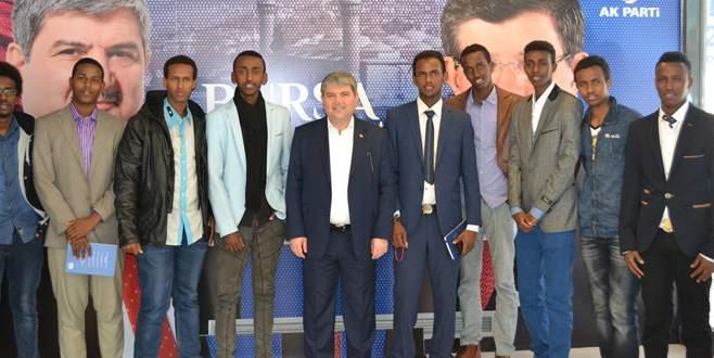 Torun'a Somali'den klipli destek