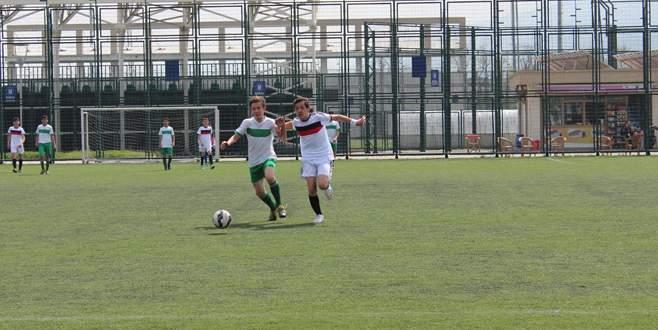 Musa Fırat Coşkun lider bitirdi: 2-0