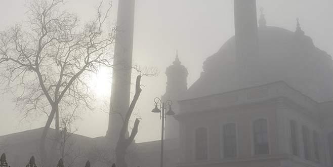 İstanbul'da sis deniz ulaşımını aksattı