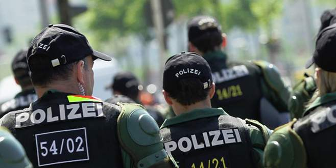 Almanya'da TKP/ML üyesi 5 Türk tutuklandı