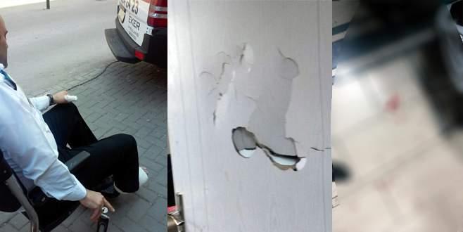Güvenlik görevlisi, doktoru kurtarmak isterken bıçaklandı