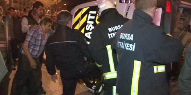 İtfaiye aracı servis minibüsüne çarptı! Yaralılar var