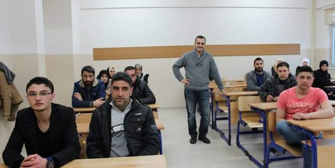 İnegöl'de 500 Suriyeli Türkçe öğrendi