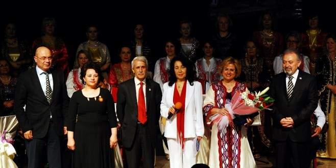 Nilüfer Kadın Korosu'ndan anlamlı konser